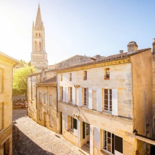 Homvest immobilier à Bordeaux site web réalisé par Uluweb